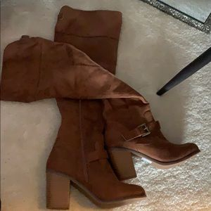 Knee high brown suede boots - sz 7